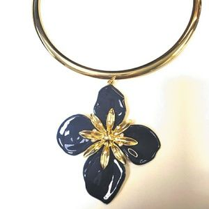 NY & CO Blue & Gold Floral Pendant Collar Necklace